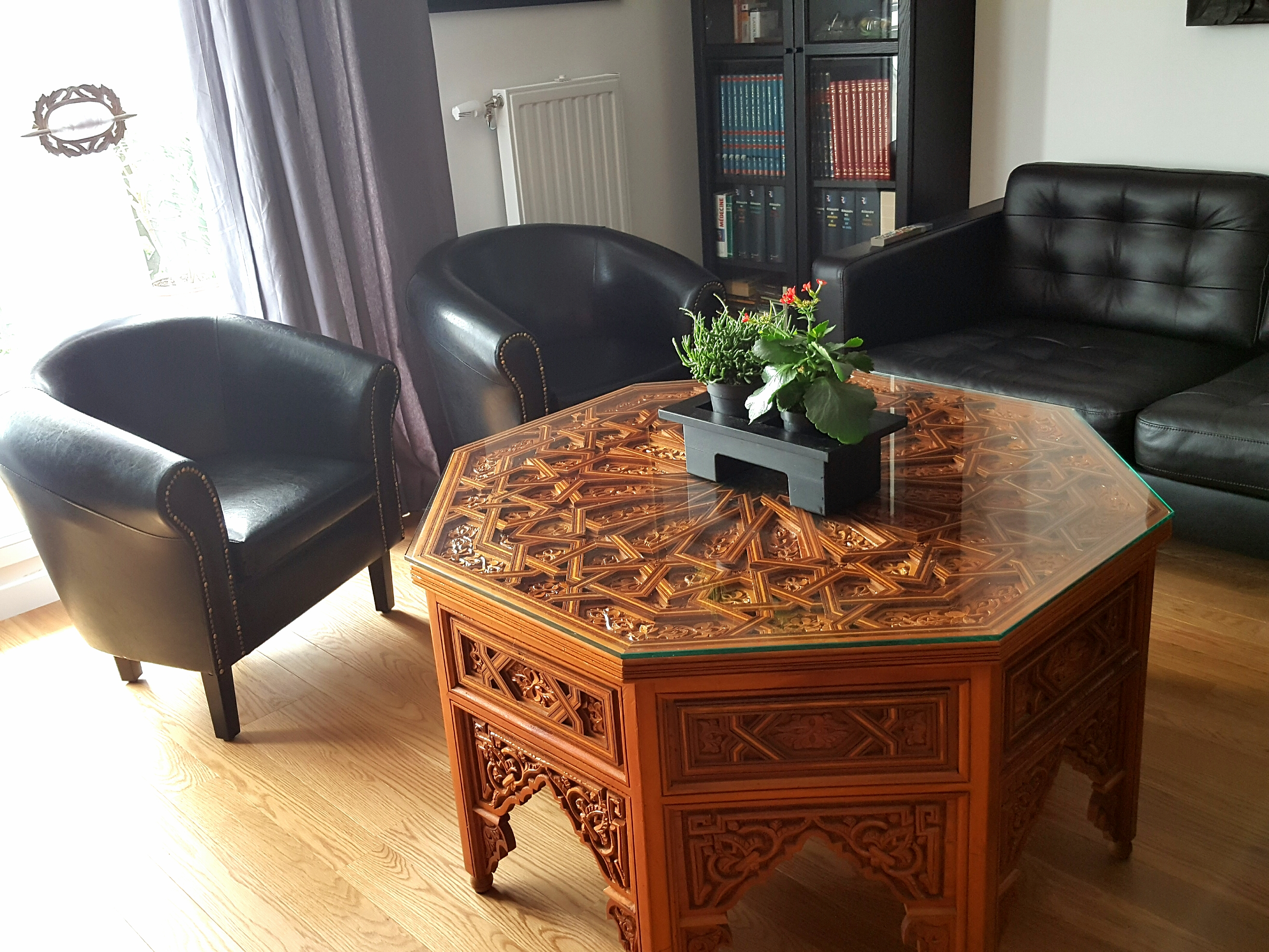 Fauteuil – meuble idéal non seulement pour salon
