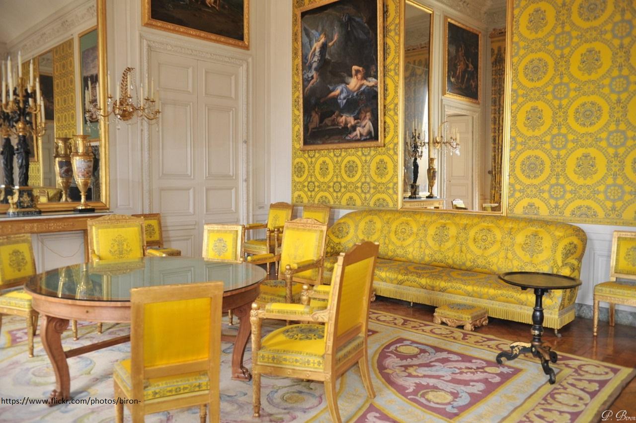 Reconnaitre Le Style D Un Meuble comment reconnaitre le style louis-philippe ?